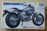 Honda Magna 50 Fifty, Motorcycle Big Scale 28, 1:6 Scale, Tamiya 16028, 5800. Model plastikowy