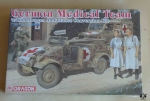German Medical Team w/Kubelwagen Ambulance Conversion Kit, 1:35, '39-'45 Series, Dragon 6137, model plastikowy