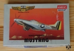 North American P-51 D Mustang, 1/144 Scale, Academy 4417, model plastikowy