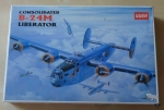 Consolidated B-24M Liberator, 1/72nd Scale, Academy 2152, model plastikowy