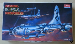Amerykański bombowiec Boeing B-29A Superfortress, 1/72nd Scale, Academy 2111, model plastikowy