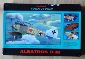 Albatros D.III, Super detailed 1/48th scale, Eduard Profipack Kit No. 8035, model plastikowy