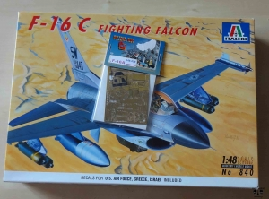 F-16 C Fighting Falcon, 1:48 scale, Italeri No 840, model plastikowy oraz blaszki fototrawione