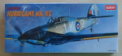 Hawker Hurricane Mk. II C, 1/72nd scale, Academy 2129, model plastikowy.jpg