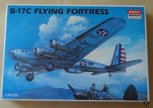 B-17C Flying Fortress, 1/72nd Scale, Academy 1666, model plastikowy.jpg